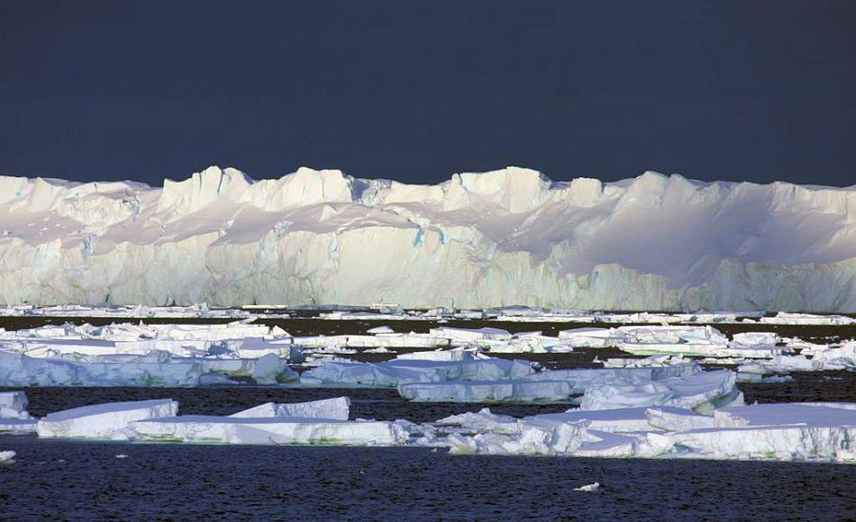 Der Totten Gletscher in der Ostantarktis ist rund 64 km lang und 32 km breit. Benannt wurde er nach einem Mitglied der ersten US-Antarktis-Expedition von Charles Wilkes. Foto: Esmee van Wijk