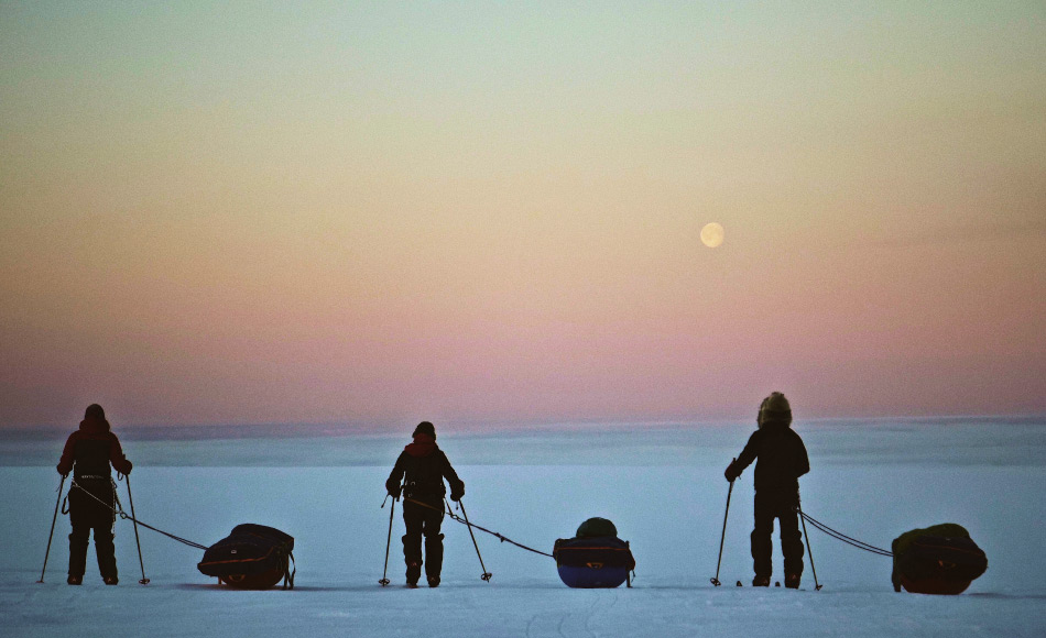 Die Expedition der jungen Entdecker startete am 4. Mai in Kangerlussuaq an der Westküste Grönlands und endete 29 Tage später in Tasiilaq. Trotz teilweise schwierigen Bedingungen erlebten die Teilnehmer auch Momente der Schönheit. Bild: NZ Antarctic Heritage Trust (NZAHT)